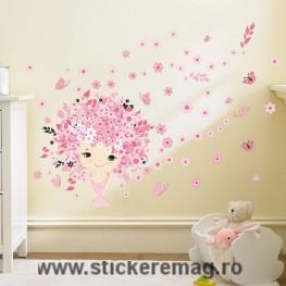 Sticker decorativ fata cu fluturi
