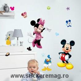 Sticker decorativ Mickey Mouse